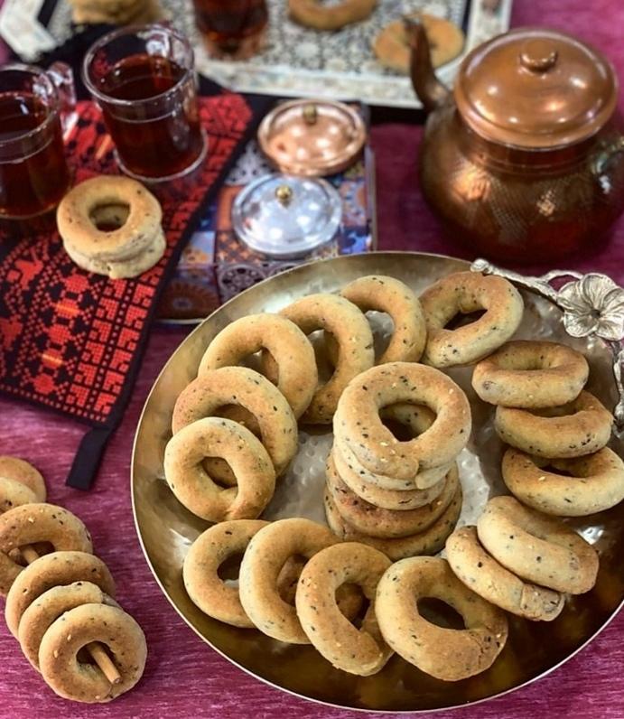 عصب الكويت | طريقة تحضير كعك العيد باليانسون والتمر الشهية